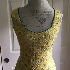 Dana Buchman size 2 sleeveless dress